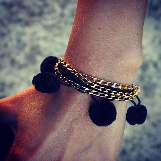 images_2013_12_rue-du-pompom-bracelet_f2876760d8083601db03daa50753e0a3